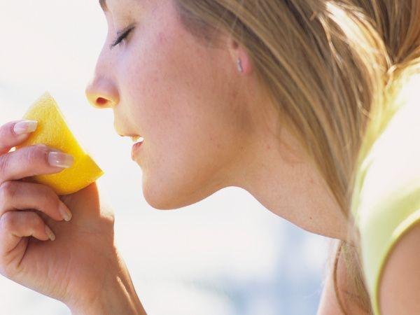 Dandruff Treatment: Dos for Dandruff Prevention