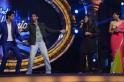 Farhan Akhtar dances to the tunes of Bhaag Milkha Bhaag