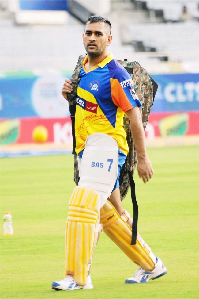 Dhoni in