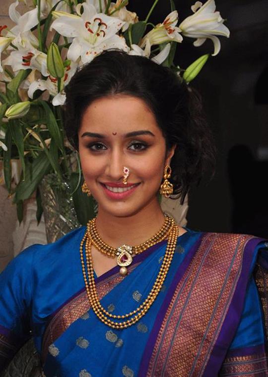 Maharashtrian Women Clothes