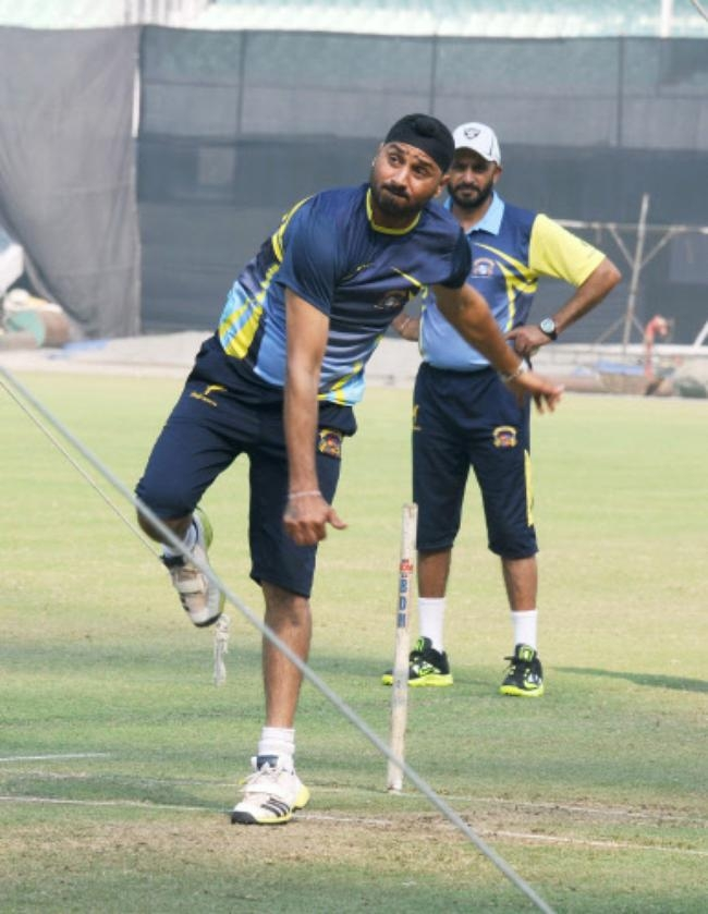 Fortunate to get advice from Harbhajan Singh