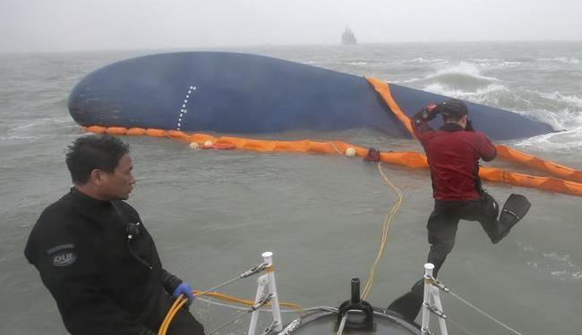 South Korean Ferry Sinks