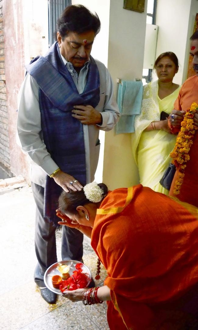 Shatrughan Sinha and Poonam Sinha