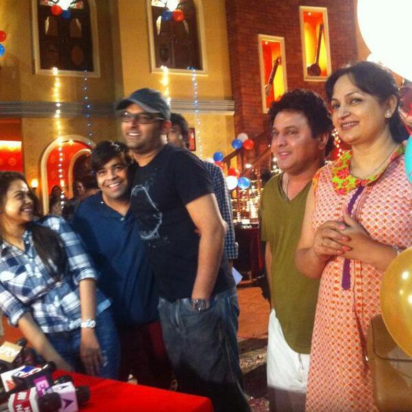 Sumona Chakravarti, Kiku Sharda, Kapil Sharma, Ali Asgar, Upasana Singh