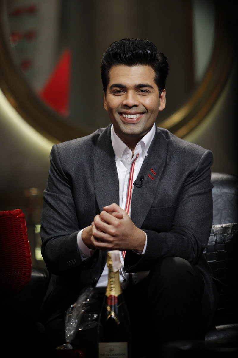 This Is What The Celebs Actually Fought For, Find Out Whats In The COFFEE HAMPER on Koffee With Karan. 1