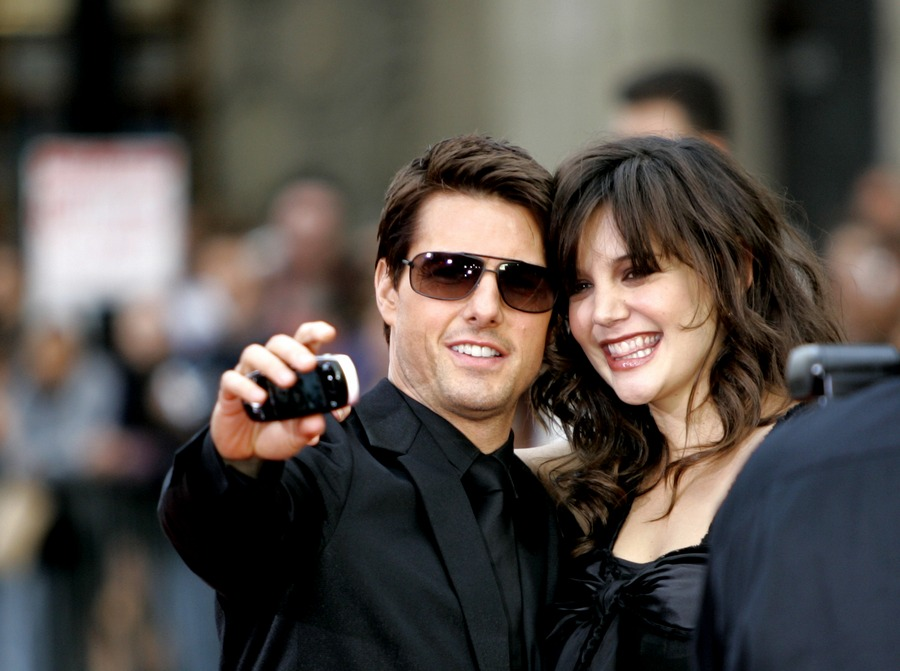 Tom Cruise and Katie Holmes selfie