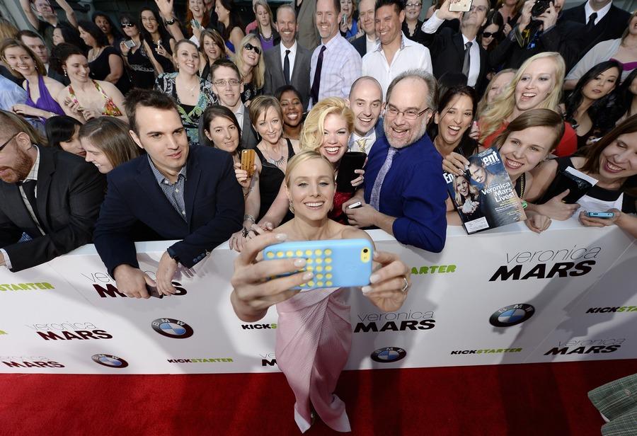 Kristen Bell selfie