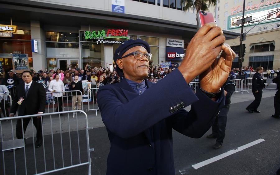 Samuel L. Jackson selfie