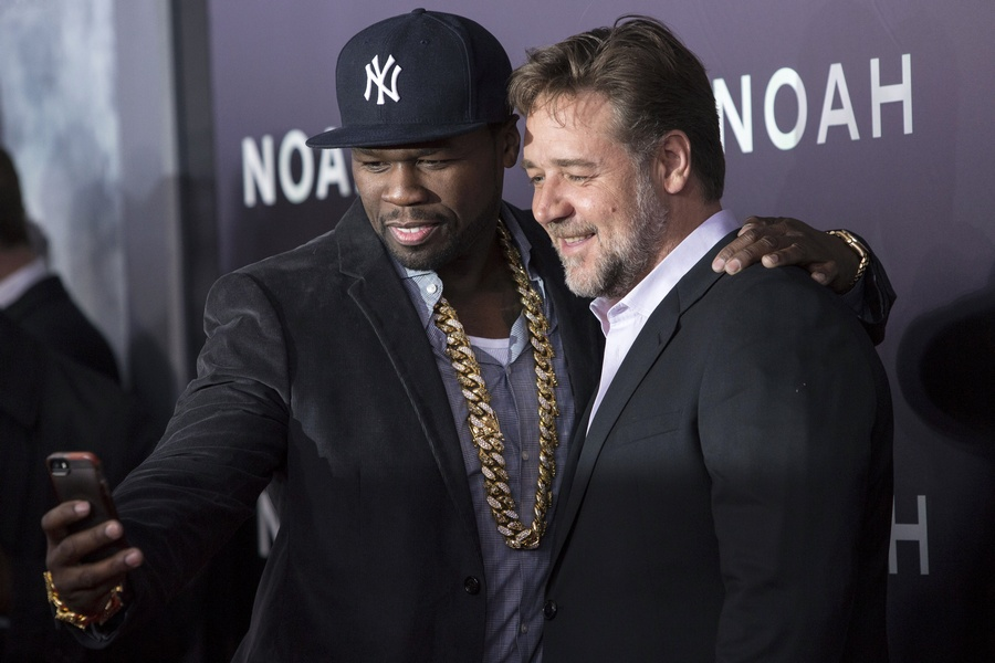 50 Cent and Russell Crowe selfie