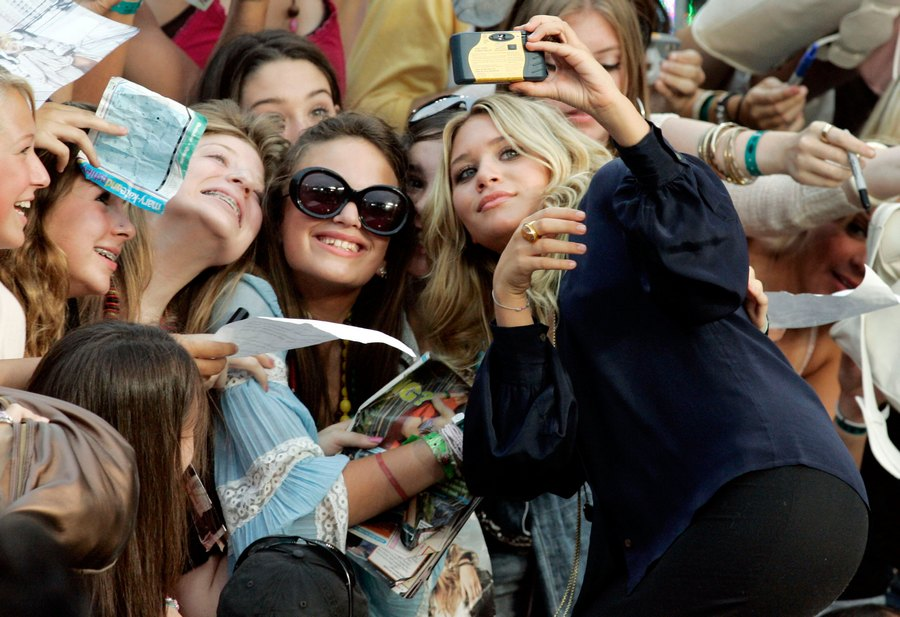 Ashley Olsen selfie