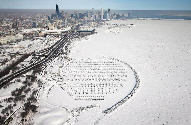 Lake Michigan Freezes