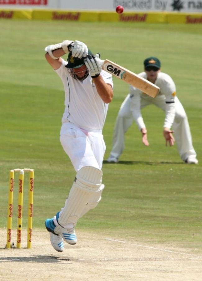 Graeme Smith c Marsh b Johnson 10