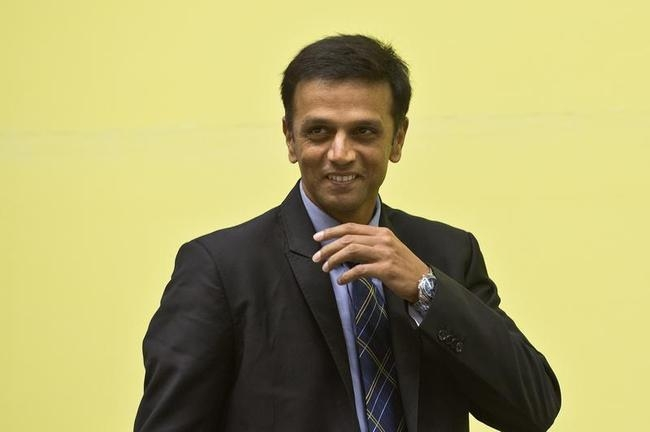 Zaheer Should Contemplate Future: Dravid