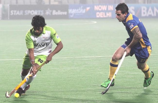 The Delhi Waveriders were guilty of not capitalizing on the chances that came their way and wasted three penalty corners in the first 35 minutes of the match