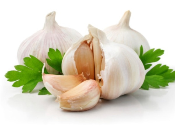 Beauty Tips: Foods For Acne Prone Skin Garlic