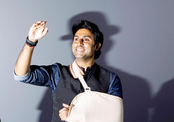Injured Abhishek Bachchan