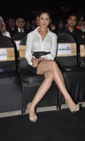 PRETTY ANJANA SIZZLES IN A SHORT SKIRT AND POSES FOR CAMERAS AT 6th TOP GEAR AWARDS
