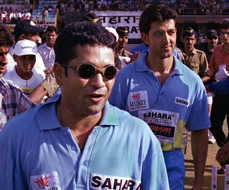 Sachin Tendulkar (L) and Hrithik Roshan