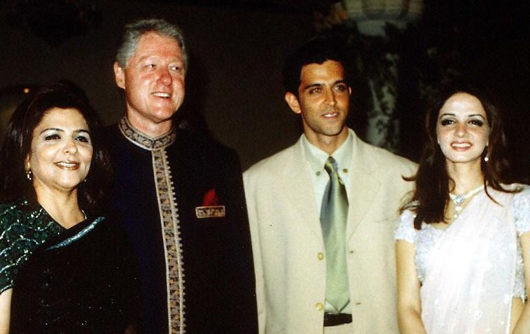 Bill Clinton, Pinky Roshan, Hrithik Roshan, Sussanne Roshan