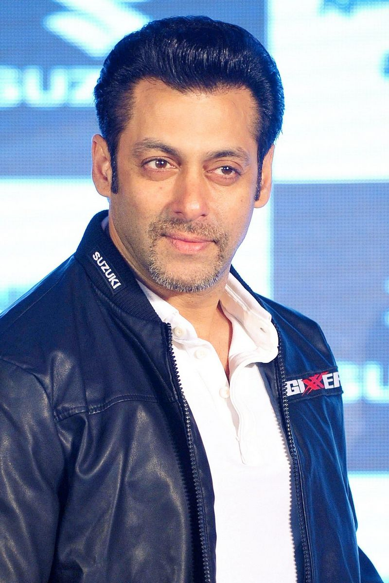 Salman Khan\'s NEW Look: Actor Sports French Beard - Indiatimes.com