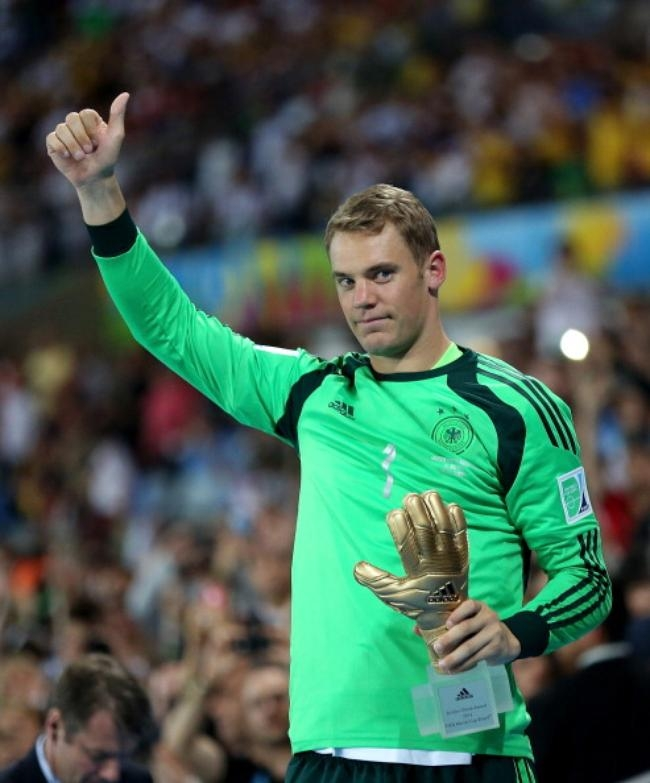 GOLDEN GLOVE: Manuel Neuer (Germany)