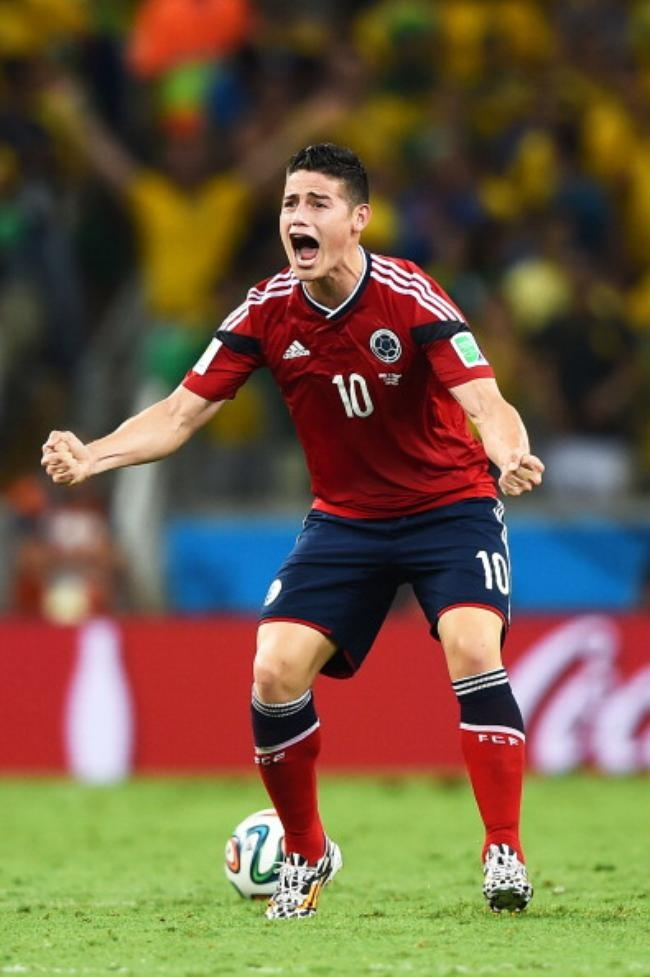 GOLDEN BOOT: James Rodriguez (Colombia)