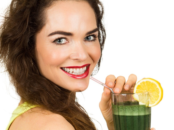 Green smoothies make for an excellent detox breakfast