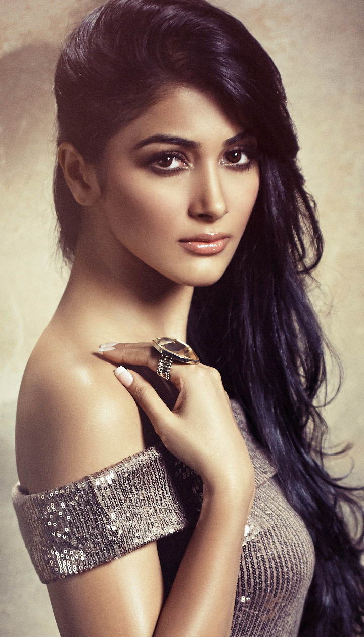 Bollywood Hindi Movies 2018 Actor Name: Meet Pooja Hegde, Ashutosh Gowariker's Newest Find