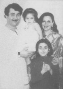 Karisma Kapoor childhood photo