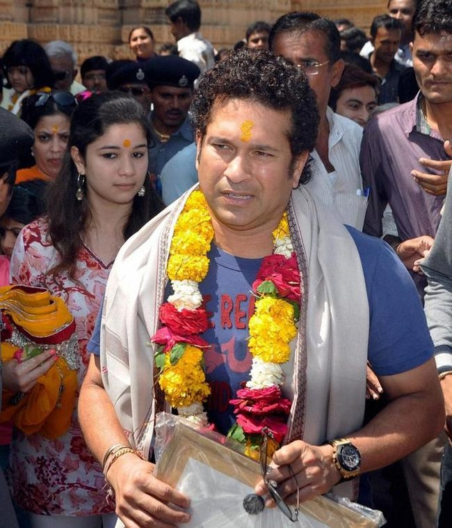 Sachin Tendulkar Visits Gujarat