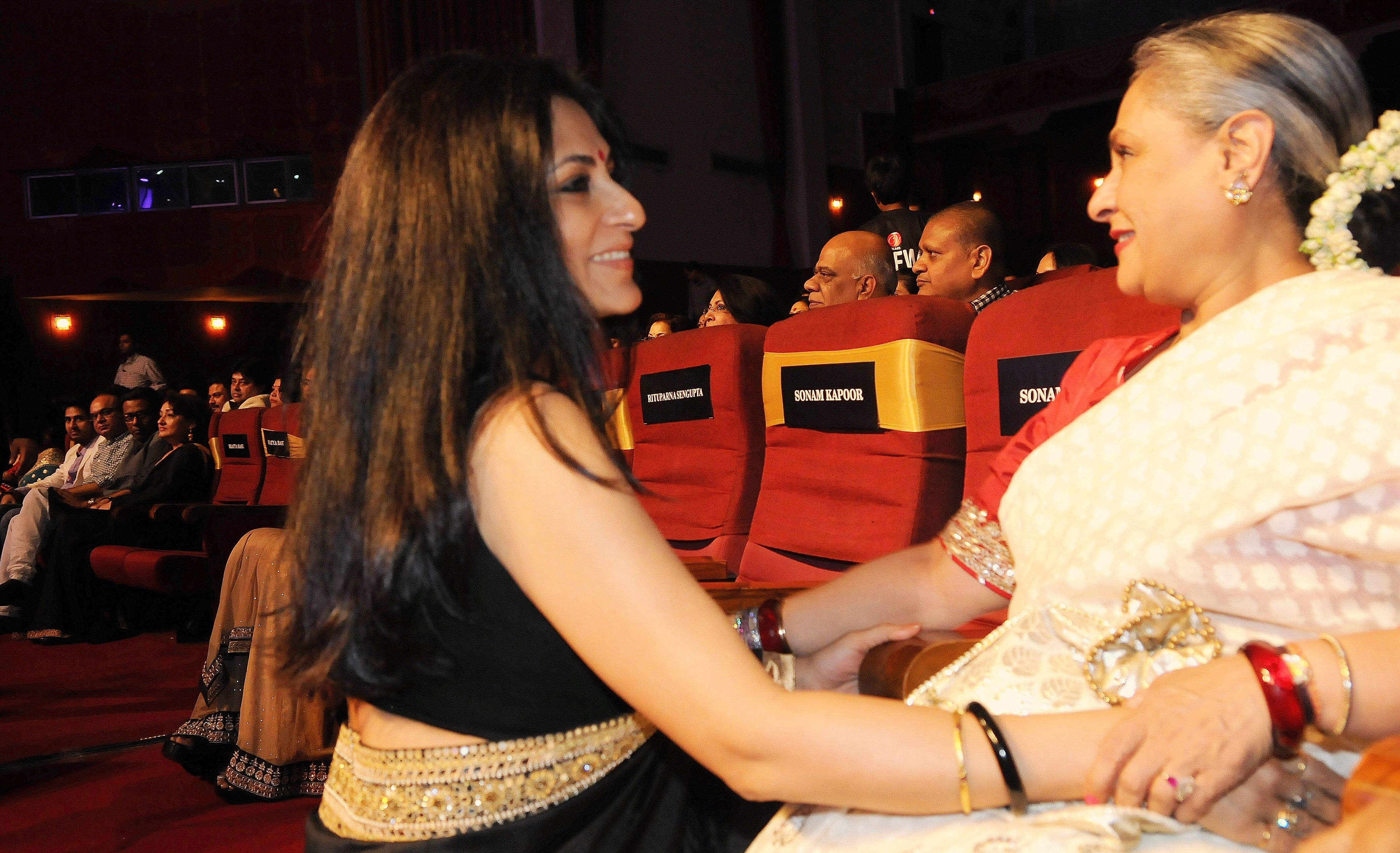 Rupa Ganguly with Jaya Bachchan during 1st Vivel Filmfare Awards 2013 (East) at Science City auditorium in Kolkata