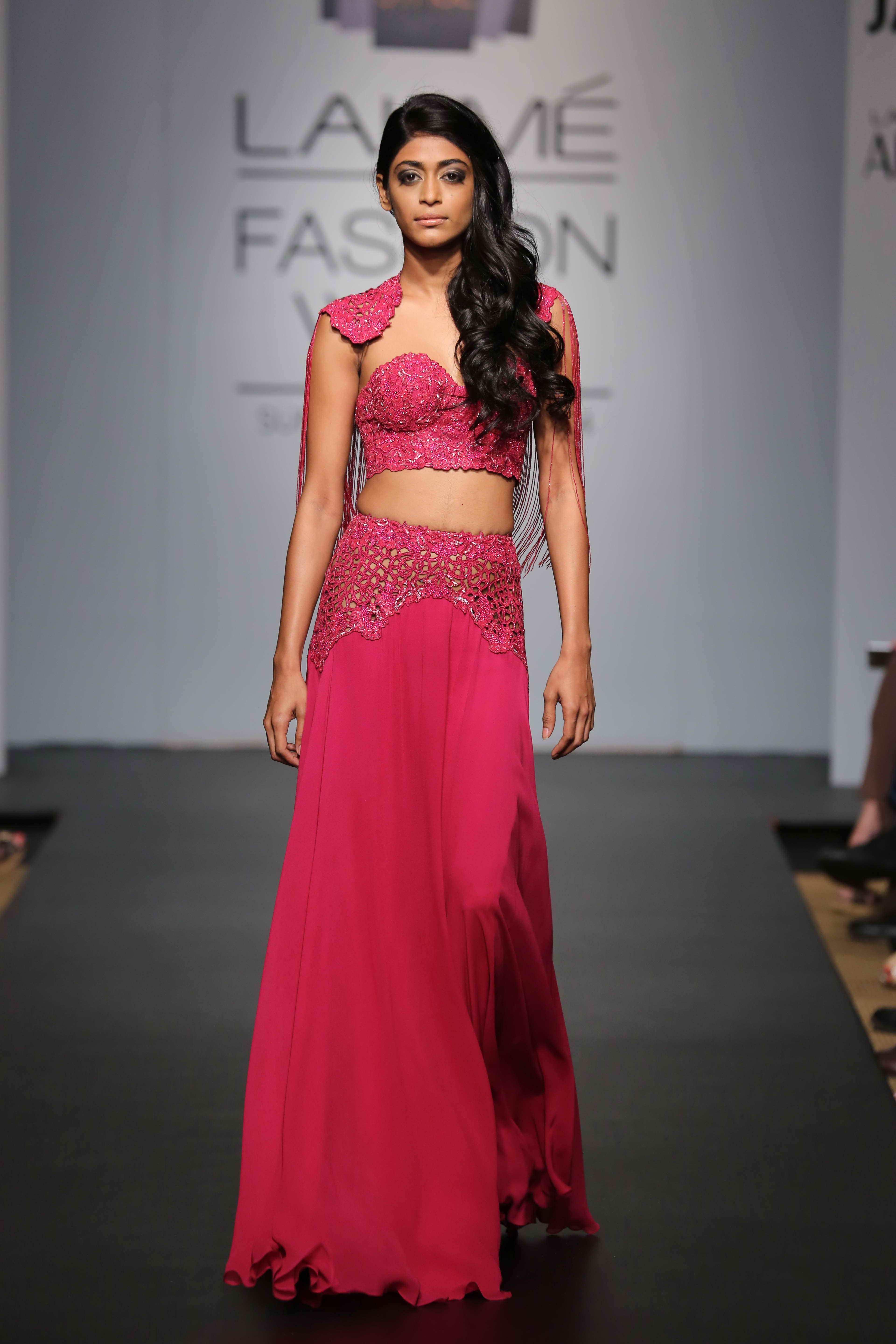 Koëcsh VIK (Very Important Koëcshies) by Krésha Bajaj showcased a punk-rock-chic collection at Jabong Stage during Lakmé Fashion Week Summer/Resort 2014. The collection incorporated vintage elements with a futuristic appeal and was extravagantly disp