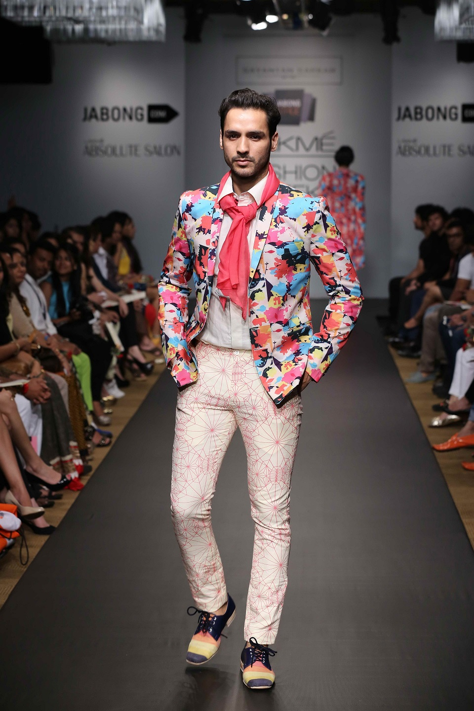 The range also catered to the urban man and offered casual-chic blazers, pants, shirts and vests.