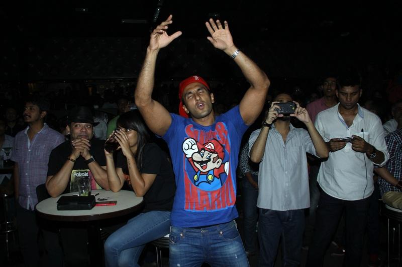 Ranveer Singh dancing