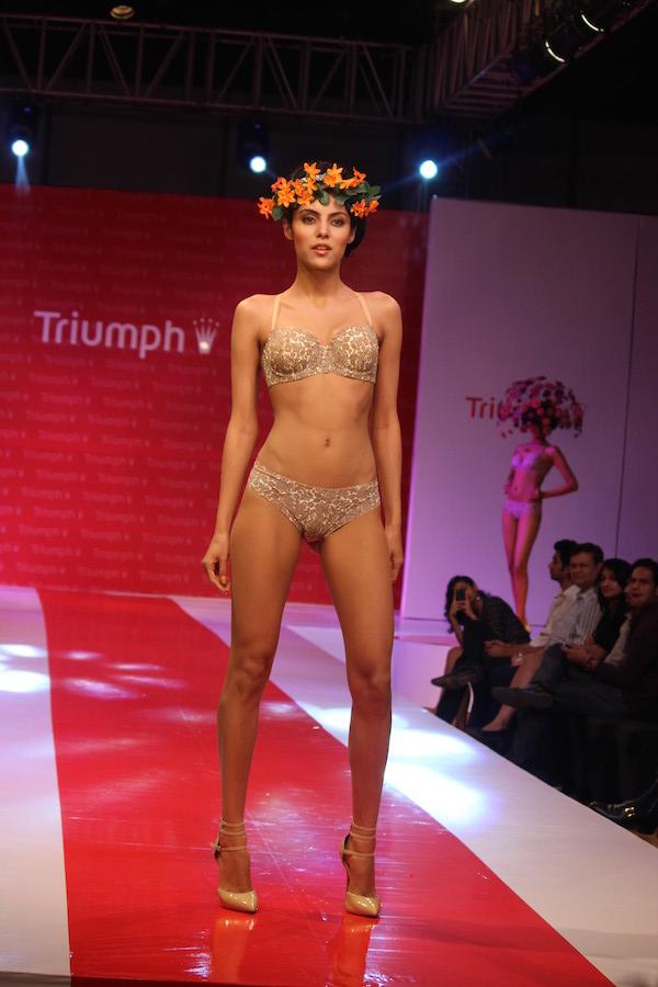 2007 Triumph Dessous Show