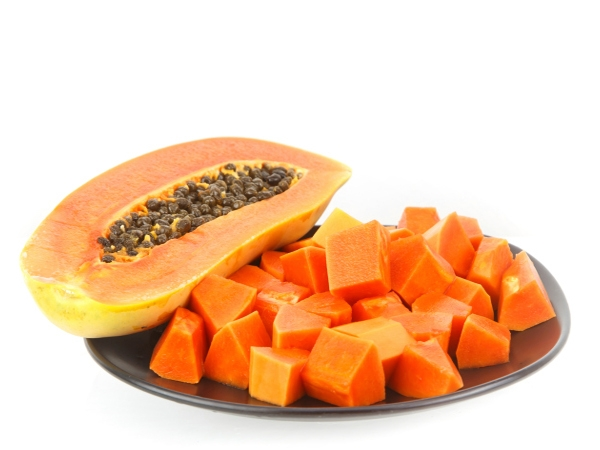 16 Healthy Foods for Your Dog Papayas